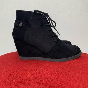 Madden Girl Wedge Boots Heeled Black Suede Bootie